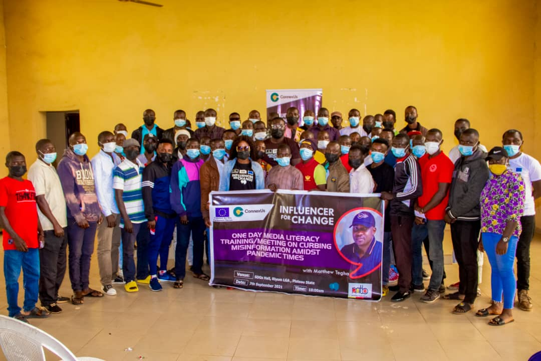Plateau Blogger, Matthew Tegha Trains Riyom Youths on Curbing Misinformation, Urges Them to Be Influencers for Change